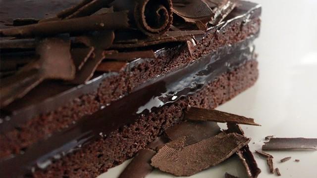 Cake Decorating Mud Cake Recipe : Chocolate Mud Cake Recipe - Yeners Way