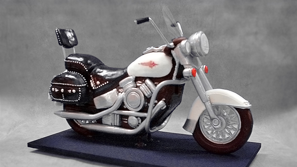 3d harley davidson motorcycle cake yeners way for Motorbike template for cake