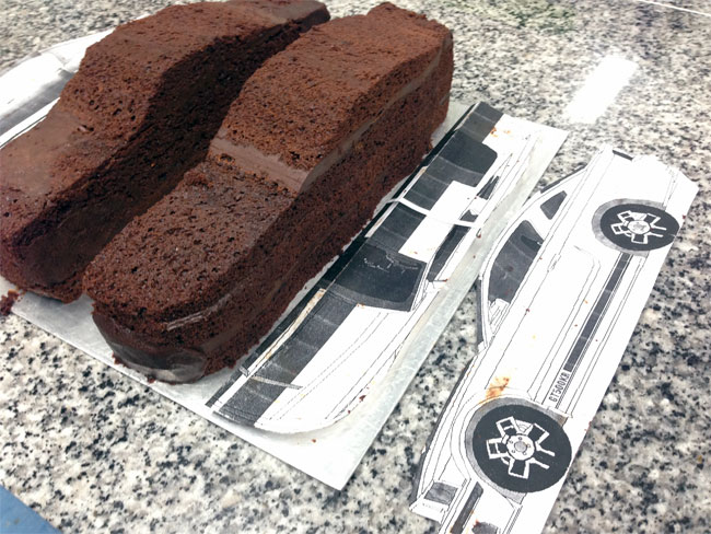 Rev heads cake collaboration for ford mustangs 50th anniversary cakes cut according to top view and side view profiles malvernweather Gallery