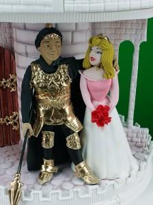 disney-inspired-castle-wedding-cake25