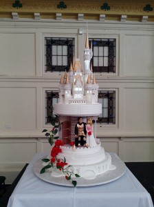 disney-inspired-castle-wedding-cake33