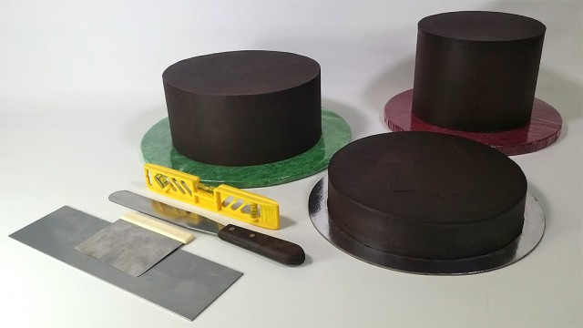 How to Mask a Cake