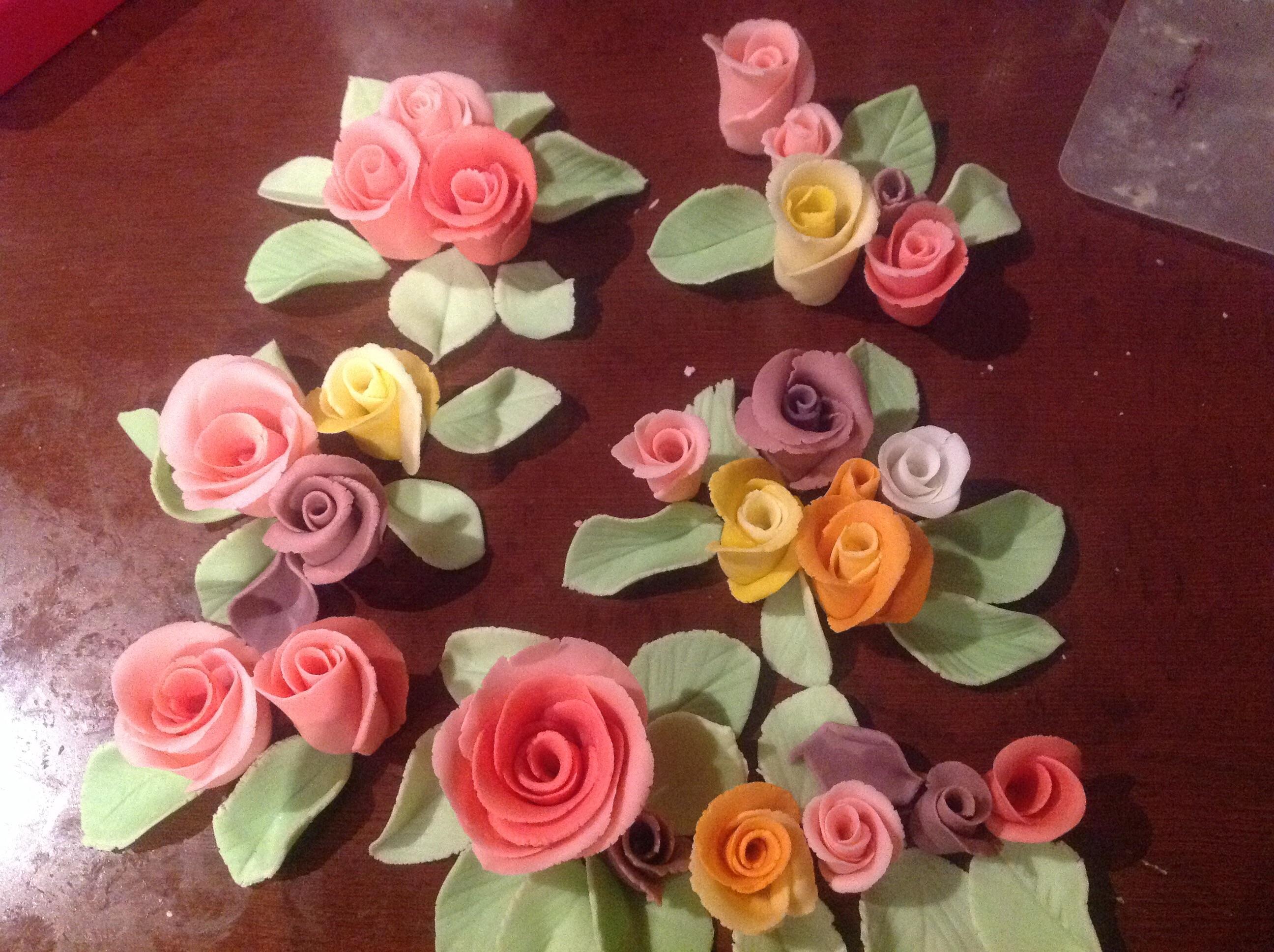 Easy Fondant Roses Yeners Way