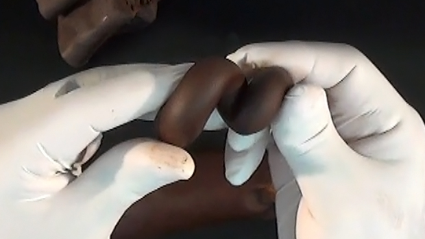 Dark Modelling Chocolate Recipe (Couverture)