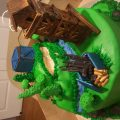 Here is my attempt of the Fortnite cake